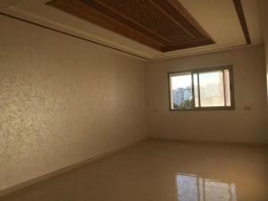 Appartement non meublé à louer en plein centre ville
