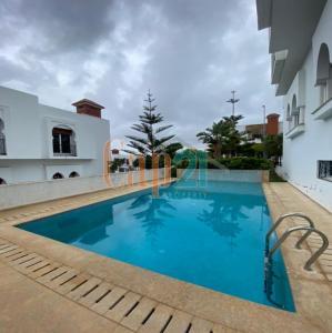 Magnifique villa à louer à Boubana